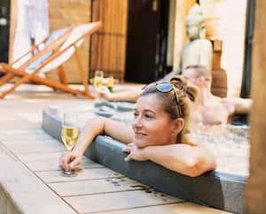 Image principale de l'article Des mini-chalets de luxe avec sauna à l'eucalyptus