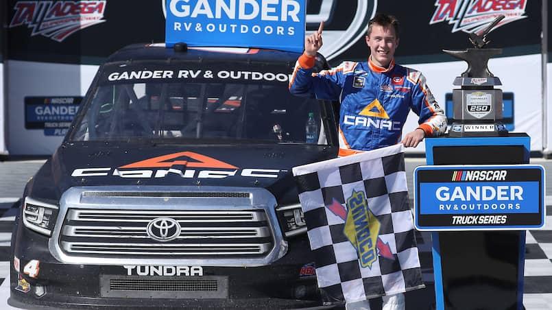 MOT-NAS-SPO-NASCAR-GANDER-RV-&-OUTDOORS-TRUCK-SERIES-CHEVY-SILVE