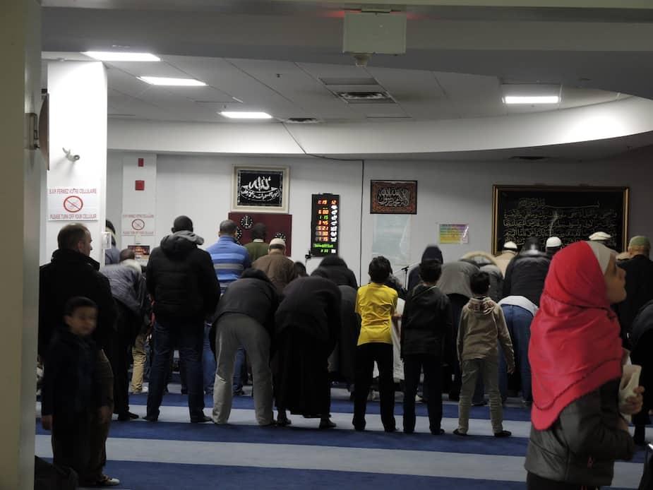 La prière au Centre islamique du Québec.
