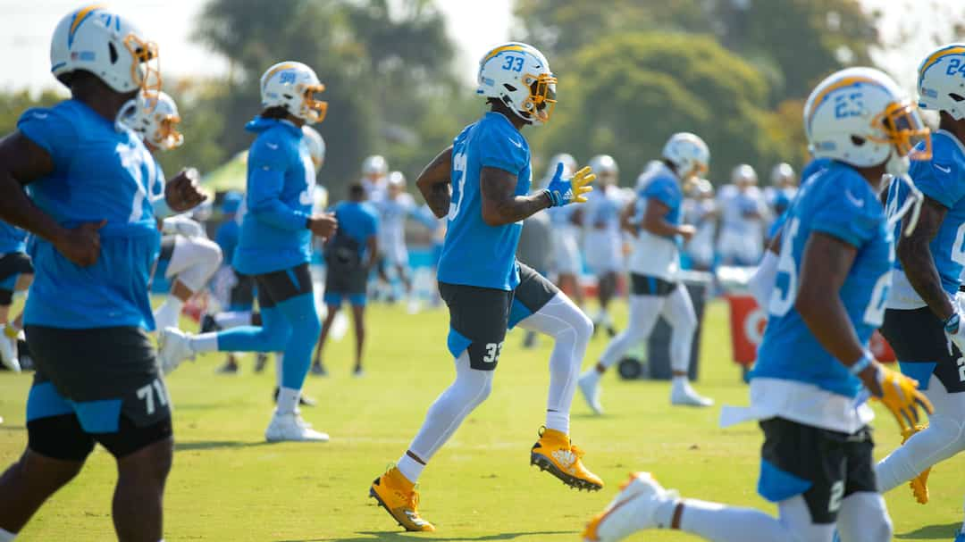 FBN-SPO-LOS-ANGELES-CHARGERS-TRAINING-CAMP