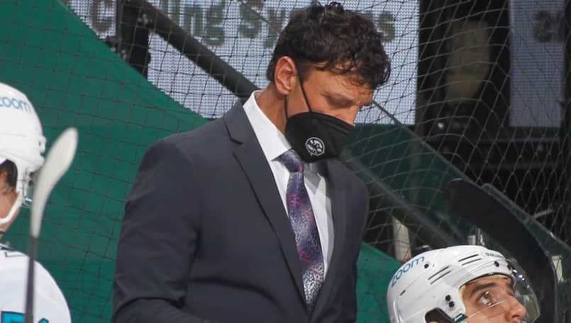 Un entraîneur des Sharks démissionne à cause de la COVID-19
