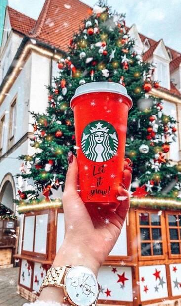 Image principale de l'article Starbucks donne des tasses réutilisables gratuites