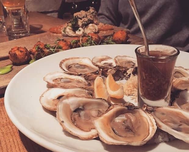 Image principale de l'article Les huîtres à 1$ tous les week-ends dans ce resto