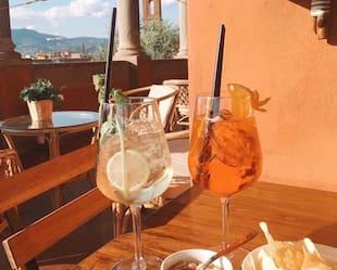 Image principale de l'article Le Spritz blanc : le nouveau cocktail à essayer
