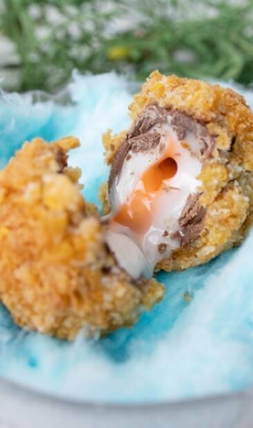 Image principale de l'article Des œufs Cadbury frits à ce resto de Montréal