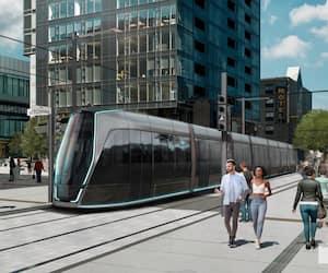 Le tramway, comme colonne vertébrale du réseau structurant, filerait du terminus Le Gendre dans l'ouest vers le pôle Saint-Roch, où il continuerait son chemin jusqu'à D'Estimauville dans l'est, en évitant Charlesbourg. Il reste à préciser comment la desserte des banlieues nord sera bonifiée.