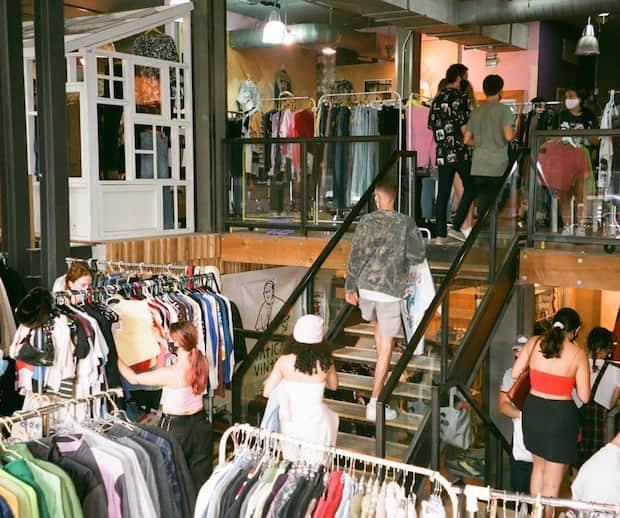 Image principale de l'article Un nouveau marché vintage s'installe sur St-Denis