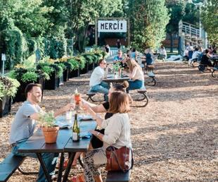 Image principale de l'article 51 terrasses de restos à essayer cet été