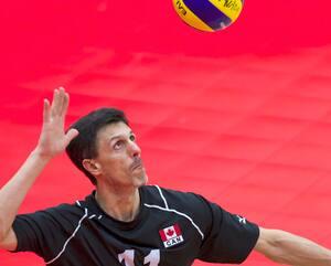 José Rebelo espère apporter son expérience à l'équipe de volley-ball assis du Canada.