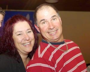 Marie-Josée Viau et Guy Dion, accusés de meurtre et de complot pour meurtre, sont arrivés ensemble lundi au centre judiciaire Gouin, à Montréal, où ils subissent leur procès.