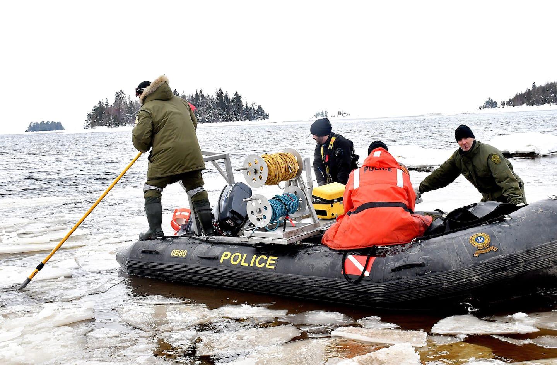 Tragédie de motoneige sur le lac Saint-Jean: le raccourci a été pris par le guide