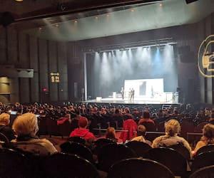 Les acrobates de Machine de Cirque ont ébloui les spectateurs de Rimouski, vendredi, avec le spectacle <i>La Galerie</i>.