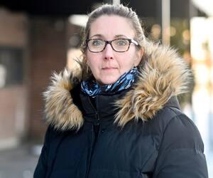 Chantal Arsenault, présidente d'un organisme qui vient en aide aux victimes de violence conjugale, craint les effets du couvre-feu pour celles qui vivent dans un milieu violent.