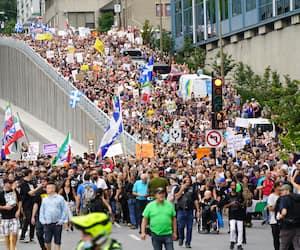 GEN-Marche de la resistance pacifique contre le passeport sanitaire