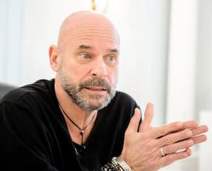 Alors qu'il envisage le rachat du Cirque, Guy Laliberté risque de perdre des millions de dollars dans Lolë.