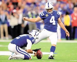 Adam Vinatieri évolue encore à la position de botteur, malgré ses 47ans, avec les Colts d'Indianapolis.