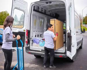 Les bénévoles de Transit Secours épaulent les victimes de violence conjugale, en faisant des boîtes ou en prenant en charge le déménagement et l'entreposage.