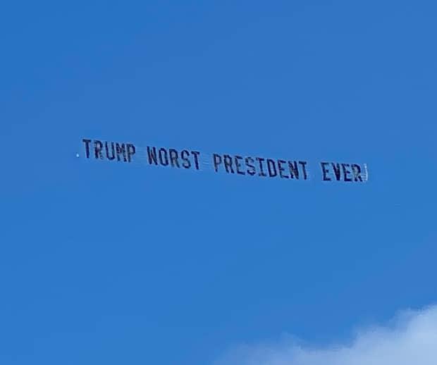 Image principale de l'article Donald Trump se fait humilier par un message