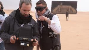 Image principale de l'article Il a tourné Dune sa veste de l'UQÀM sur le dos