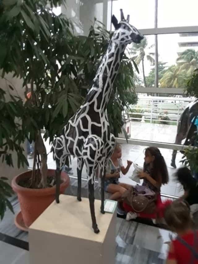 Une girafe bien sympathique.