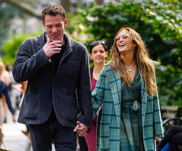 Image principale de l'article Jennifer Lopez porte LE motif automnal