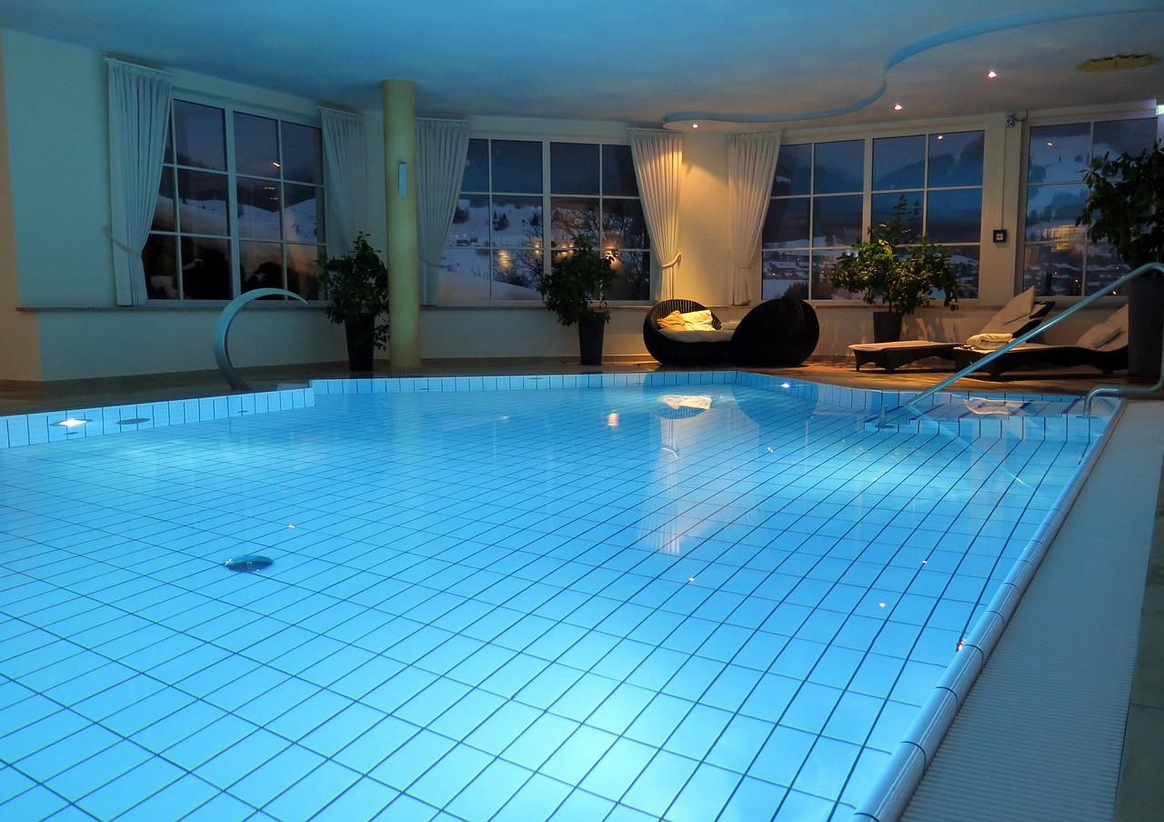Faire Construire Une Piscine Intérieure une piscine dans la maison! | le journal de montréal