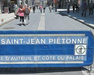 Une portion de la rue Saint-Jean qui était fermée aux automobilistes, le 16 mai.