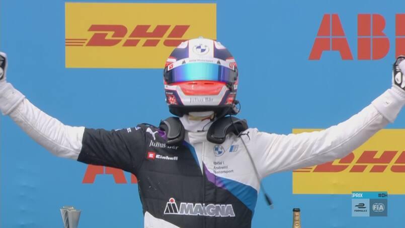 Formule E: Jake Dennis l'emporte, le classement se resserre encore