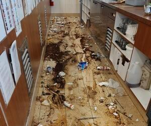 Le restaurant Ben & Florentine de Thetford Mines a été vandalisé vendredi, faisant pour des milliers de dollars de dommages.