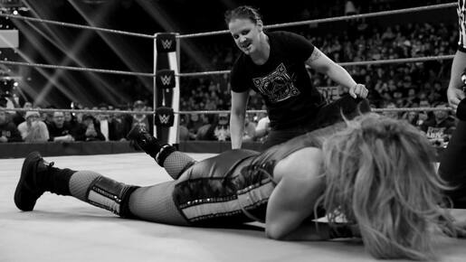 Cette semaine dans l'univers de la WWE : une histoire sanguinaire à Raw fait jaser