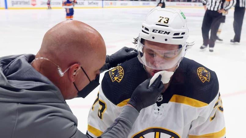 Les Bruins décimés par les commotions