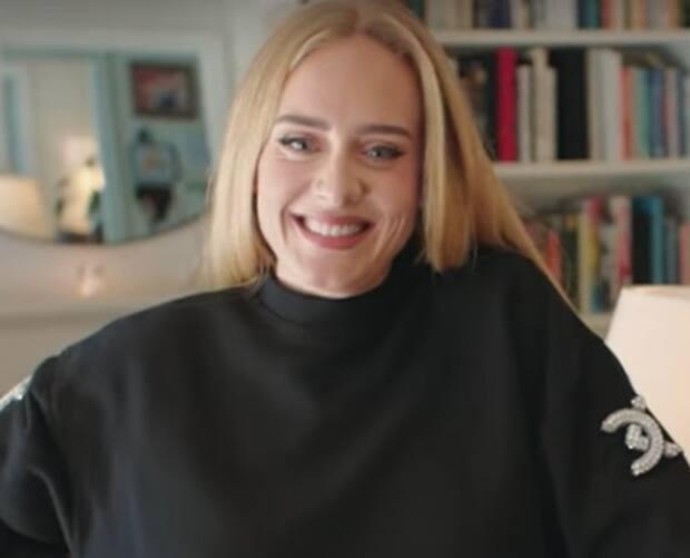 Image principale de l'article Adele possède un objet bizarre lui ayant appartenu