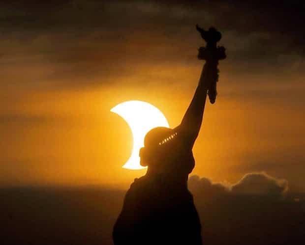 Image principale de l'article Les photos de l'éclipse solaire sont incroyables