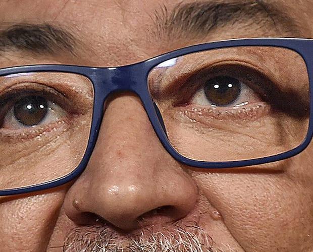 Les lunettes bleues du Dr Horacio Arruda
