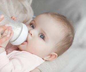 Image principale de l'article La quantité de lait chez le bébé