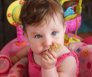 Image principale de l'article Exerciseur bébé : est-ce bon ou mauvais?