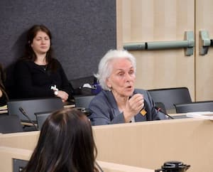 Rose Dufour, anthropologue et fondatrice de La maison de Marthe, lors de son exposé devant la Commission spéciale sur l'exploitation sexuelle des mineurs à l'Assemblée nationale, mardi.