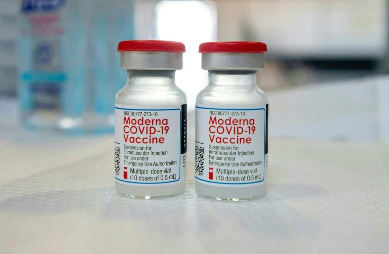 COVID-19: Moderna demande l'autorisation pour une dose de rappel aux États-Unis