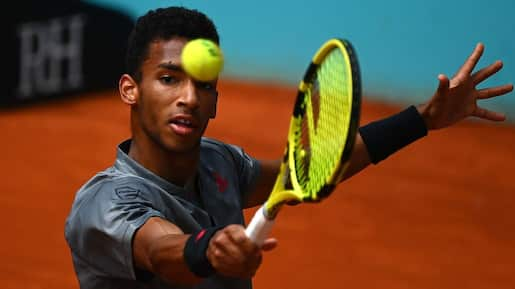 Roland-Garros: Auger-Aliassime tombe à son tour