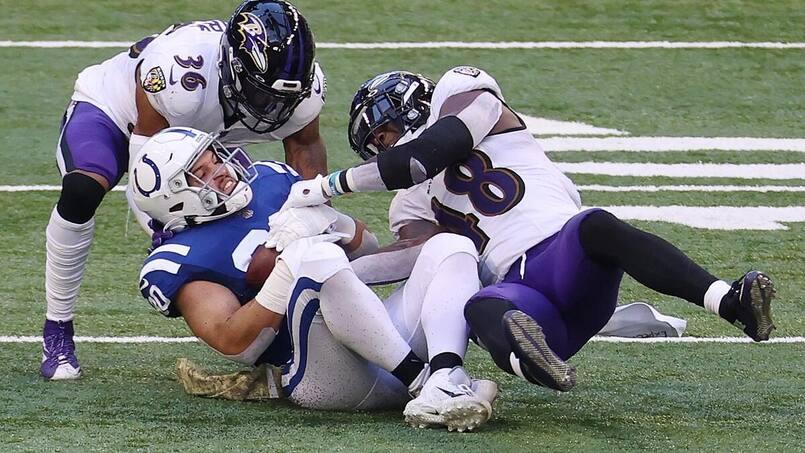 La COVID-19 dans la NFL, c'est loin d'être fini