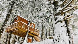Image principale de l'article 9 Airbnb avec spa et foyer près de Montréal