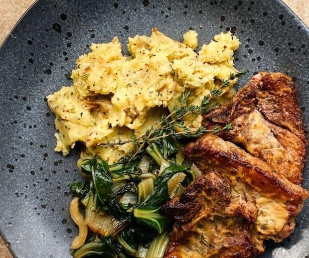 Image principale de l'article Côtelettes d'agneau à la moutarde et au thym