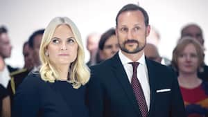 Avec son mari, le prince héritier Haakon.