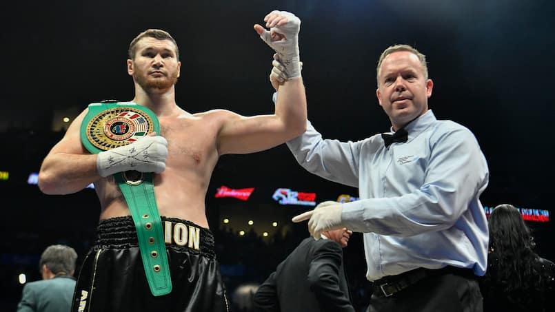 Makhmudov rompt ses liens avec Golden Boy