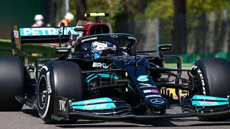 GP d'Émilie-Romagne: les Mercedes devant