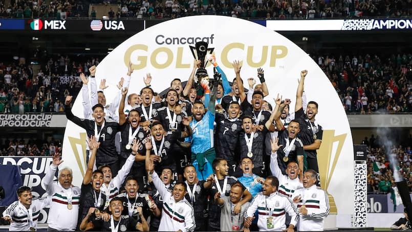TOPSHOT-FBL-CONCACAF-GOLDCUP-USA-MEX
