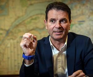 Le ministre des Transports François Bonnardel