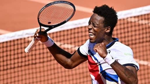 Roland-Garros: Monfils passe, Rublev casse