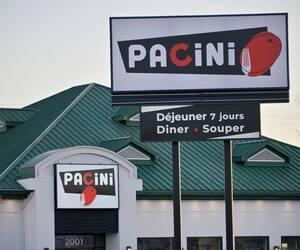 Le secteur de la restauration est de loin le plus touché. Des établissements affiliés à des chaînes comme Pacini, Houston Avenue Bar & Grill et Bâton Rouge ont dû faire appel à un syndic.