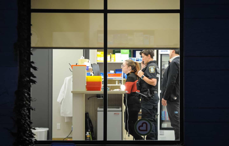 Montréal: de l'argent et des médicaments auraient été dérobés dans une pharmacie